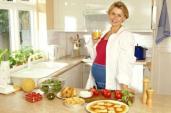 Bà bầu ăn đêm có tốt với mẹ và bé?