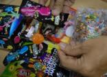 Cảnh báo 2 loại kẹo phát sáng chứa chất gây ung thư