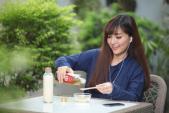 Chăm sóc nhan sắc theo cách của sao Việt