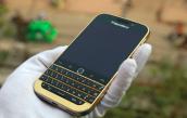 Xuất hiện phiên bản Blackberry Classic mạ vàng tại Việt Nam