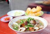 Những món ăn vặt bán từ 15h ở khu chợ Đa Kao