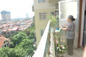 Phong thủy: Không trồng quá nhiều cây ở ban công chung cư