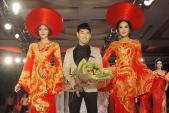 Bộ sưu tập váy dạ hội lộng lẫy của NTK Ngọc Long