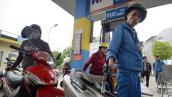 """Điều hành về xăng dầu: Bộ Tài chính phải """"chữa cháy"""""""