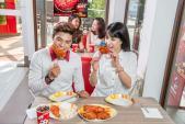 Gu ăn uống của Lâm Vinh Hải, Diệp Lâm Anh