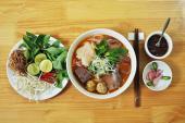 Khám phá hương vị của bún bò Huế tại Bún Việt