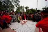 Tranh cãi nảy lửa quanh lễ hội chém lợn man rợ nhất châu Á