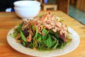 Thưởng thức món ăn vặt Hải Phòng cực chất giữa lòng Sài Gòn