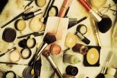 10 mẹo hay để kéo dài tuổi thọ của các sản phẩm làm đẹp