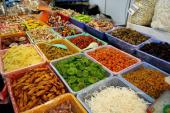 Kinh nghiệm lựa chọn thực phẩm ngày Tết qua màu sắc
