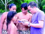 Những người Việt vượt Amazon đi phủ sóng di động