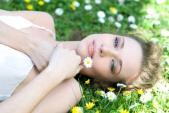 Dưỡng da hoàn hảo đón Tết với mặt nạ từ hoa