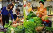 Giá tiêu dùng tháng Tết Nguyên đán giảm 0,05%