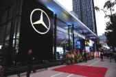 Mercedes-Benz và Haxaco khai trương showroom mới tại Hà Nội