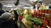 Người Nga tốn hơn một nửa thu nhập cho... lương thực