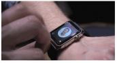"""Apple Watch bị giới phê bình chê """"tơi bời"""""""
