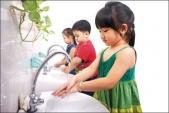 Phòng ngừa tiêu chảy cho trẻ ngày nồm ẩm
