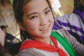 """Dân mạng """"liêu xiêu"""" với vẻ đẹp của bé gái người Mông"""