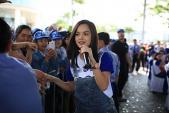 Phạm Quỳnh Anh hát và chạy bộ cùng 6000 người