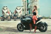 """Nữ biker Ớt hiểm chinh phục """"mãnh thú"""" Ducati Diavel"""