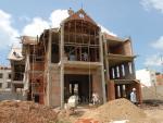 Phong thủy: Ba loại hạn hoang ốc tránh làm nhà
