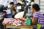 Dư luận lo ngại thịt lợn ở chợ