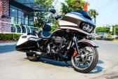 Cận cảnh Harley-Davidson Road Glide Special duy nhất tại Việt Nam