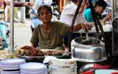 Quán cháo lòng gần 80 năm ở Sài Gòn