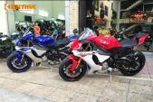 Cặp đôi siêu môtô Yamaha YZF-R1 2015