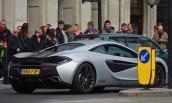 """Siêu xe """"giá rẻ"""" McLaren 570S bất ngờ lăn bánh tại London"""