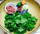 Gỏi rau má thịt bò cho bữa ăn ngày nóng