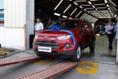 Ford Việt Nam đạt kỷ lục 1.700 xe bán ra trong 4/2015