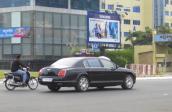"""Siêu xe và xe sang """"ngập"""" đường phố Campuchia"""
