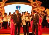 ĐH Nguyễn Tất Thành nhận danh hiệu Thương hiệu xuất sắc tiêu biểu