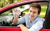 Nhiều nước phải thi bằng lái xe số tự động riêng