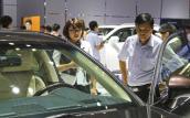 Đổi cách tính thuế ôtô nhập để hỗ trợ công nghiệp ô tô?