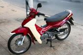 Cận cảnh xe máy côn tay Suzuki RGV 120 đắt ngang xế hộp