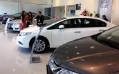 Ôtô tăng giá hàng trăm triệu: Thị trường xe phát hoảng