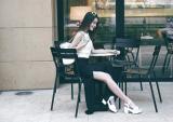 Nữ công sở cuối tuần mặc gì để xinh như mộng!