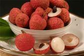 Những loại trái cây mùa hè ăn nhiều dễ bị nổi mụn