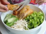 Những quán bún thịt nướng ngon của Sài Gòn cho ngày nắng