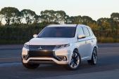 Hyundai Santa Fe đọ 'sức nóng' cùng Mitsubishi Outlander