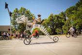 """Xe đạp """"hàng độc"""" cho fan cuồng Công viên kỷ Jura"""