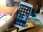 Cộng đồng thích thú với chiếc BPhone-C: smartphone nhẹ nhất thế giới