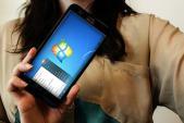 ZenFone 2 chạy được cả Windows 7