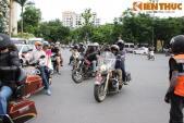 """Hàng chục """"chiến mã"""" Harley-Davidson hội tụ về Thủ Đô"""