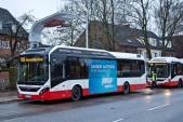 Trung Quốc vận hành xe buýt điện sạc đầy trong 10 giây