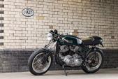 """Dân London độ môtô Cafe Racer Burton """"xác Anh, hồn Mỹ"""""""