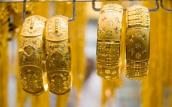 Giá vàng thế giới tăng mạnh, trong nước ổn định