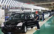 Thị trường ô tô tiêu thụ sụt giảm